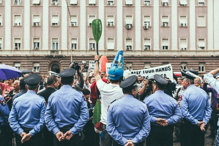 35_Protest.jpg