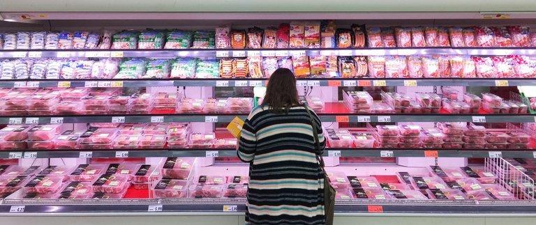 Ob sich nachhaltige Tierhaltung lohnt, liegt auch am Verbraucher.