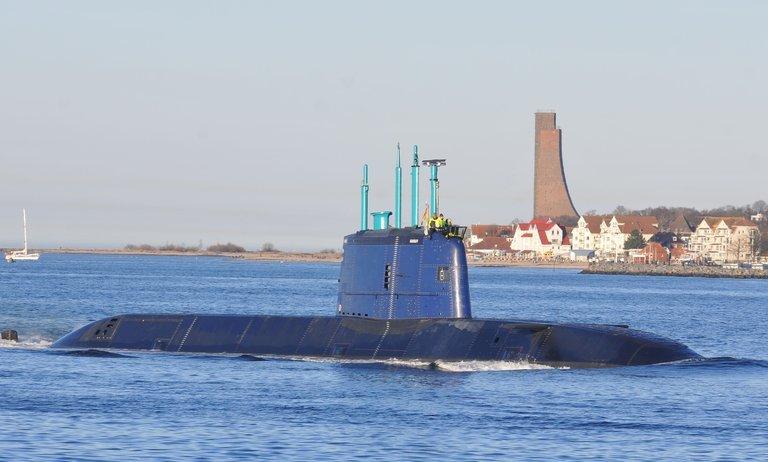 Neue U-Boote werden in der Kieler Förde getestet.
