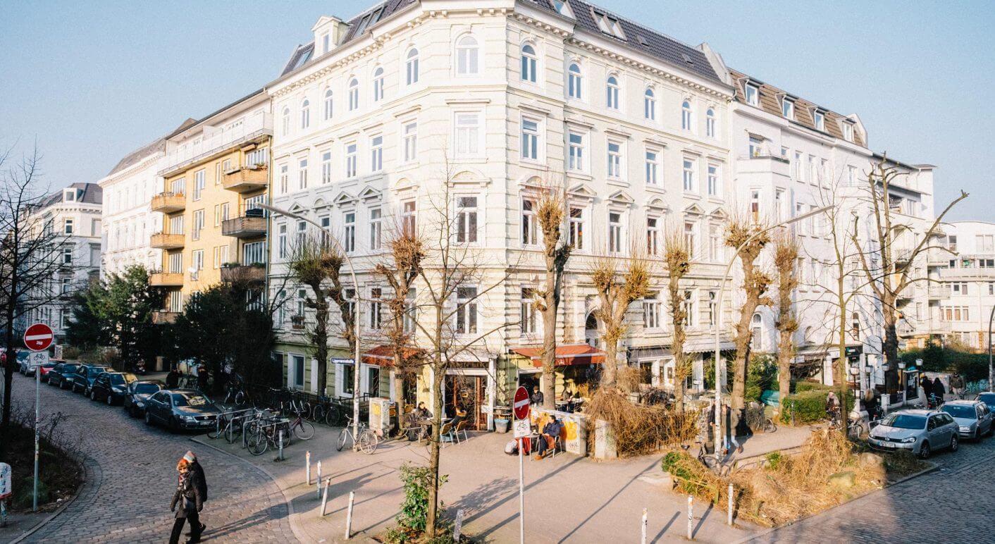 5c9ab817f2380 ... um dem Markt Häuser zu entziehen. So verhindern sie Mieterhöhungen und  überraschende Eigentümerwechsel. In Hamburg gibt es bisher nur sechs  Projekte…