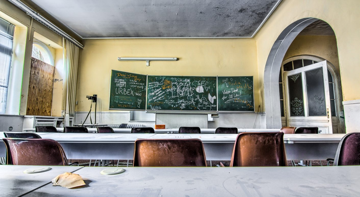 Attraktiv Physioschool 47 Von Manuel Paulus Unter Lizenz CC BY NC 2.0