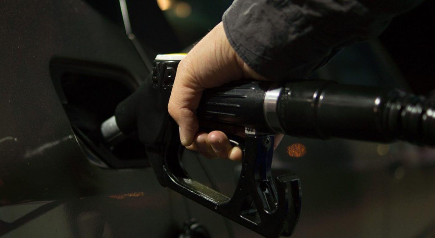 Der Benzinpreis Muss Auf Mindestens 6-7 Euro Rauf