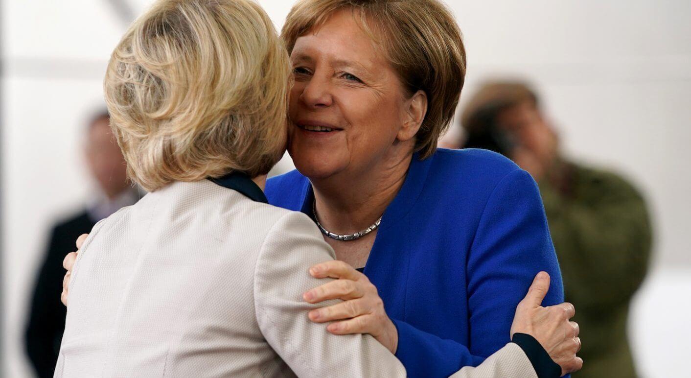 Angela Merkel trifft Ursula von der Leyen im Januar 2020