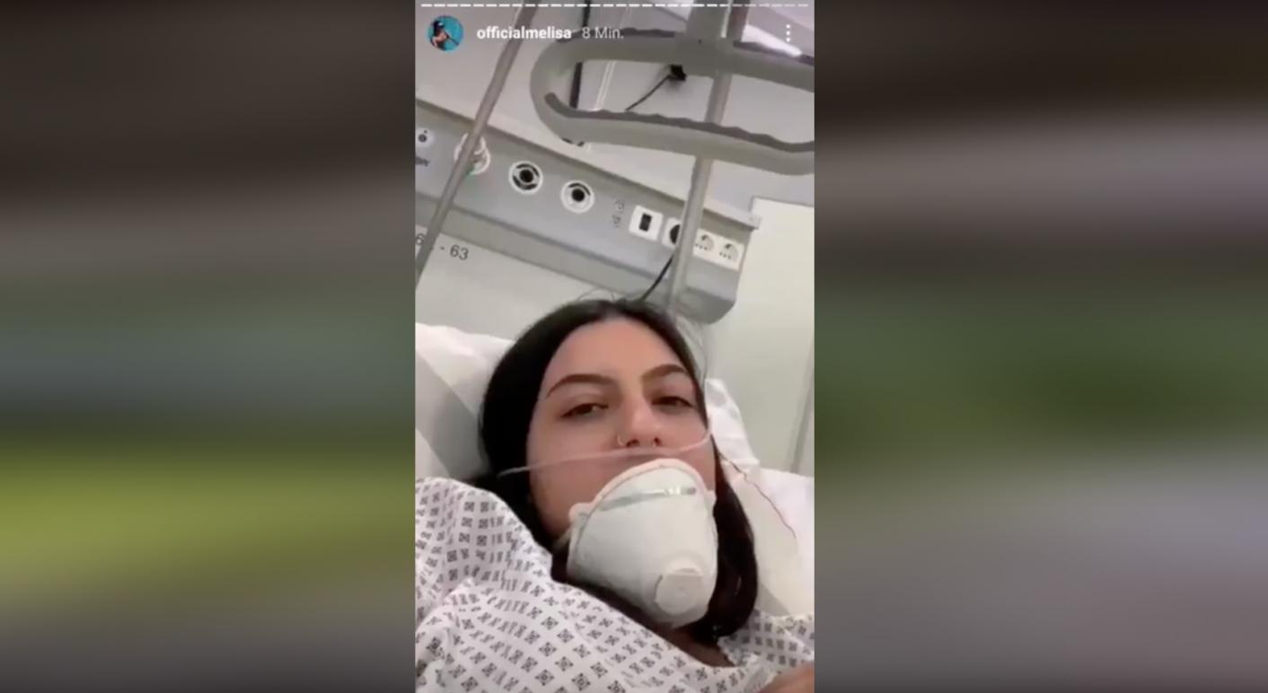 Dieses Instagram-Video wurde in Sozialen Netzwerken mit der Behauptung verbreitet, es zeige, wie mit gestellten Aufnahmen Panik vor Corona geschürt werden soll. Das ist falsch, es handelte sich lediglich um eine medizinische Übung eines Krankenhauses in Berlin.