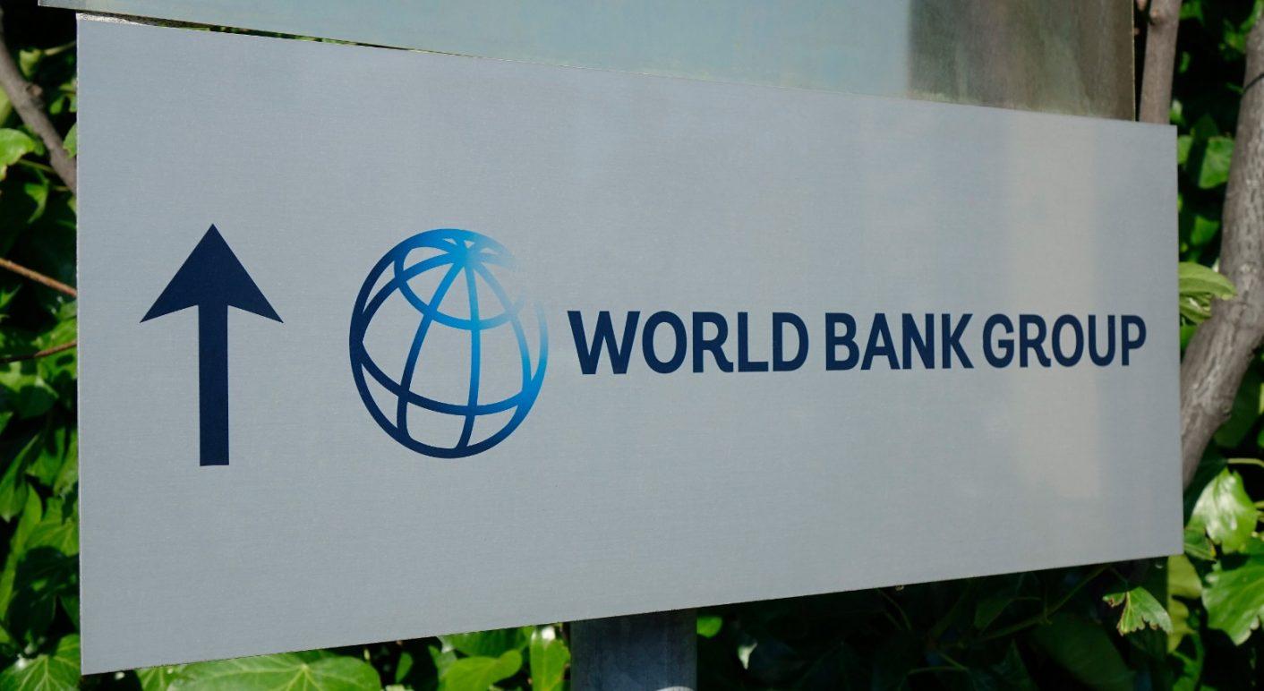 Ein Dokument der Weltbank beweist angeblich, dass die Quarantäne-Maßnahmen erst im März 2025 enden. Das stimmt nicht.