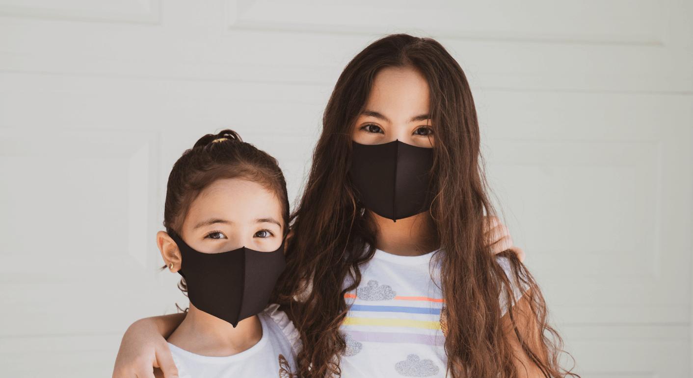 Falschbehauptungen über den Zusammenhang zwischen dem Tragen eines Mund-Nasen-Schutzes und angeblichen Gesundheitsgefahren für Kinder und Erwachsene kursieren immer wieder im Netz.