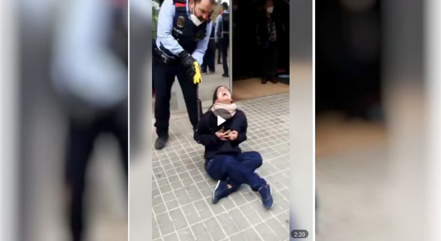 Video: Polizei setzt Taser gegen Frau ein