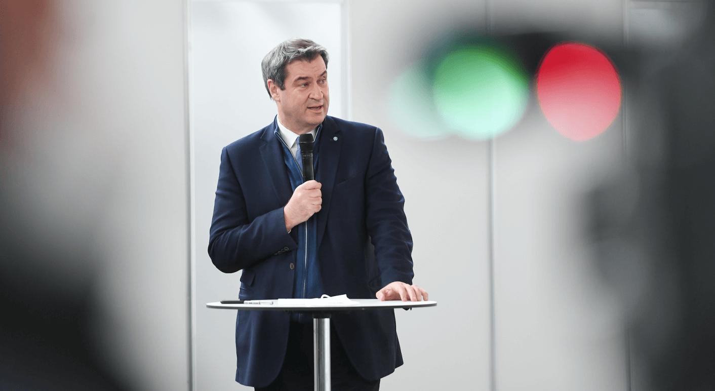 Über den bayerischen Ministerpräsidenten Markus Söder verbreiten sich mutmaßliche Falschbehauptungen über einen angeblichen Urlaub auf Borkum.
