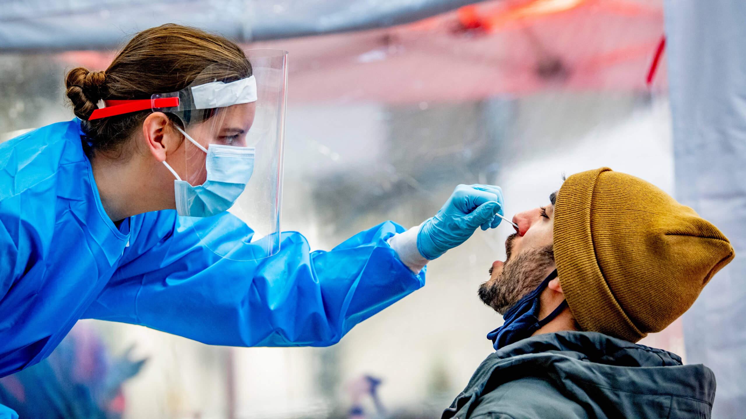 Falsch-positive Corona-Tests: Doch, die Inzidenz kann unter 100 sinken