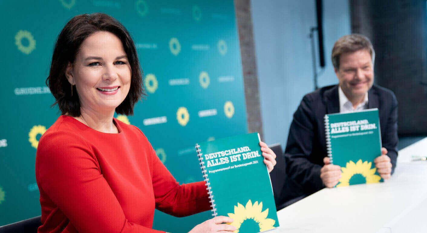 Auf Facebook werden falsche und unbelegte Behauptungen über das Wahlprogramm der Grünen verbreitet. (Quelle: Picture Alliance/ DPA/ Kay Nietfeld)