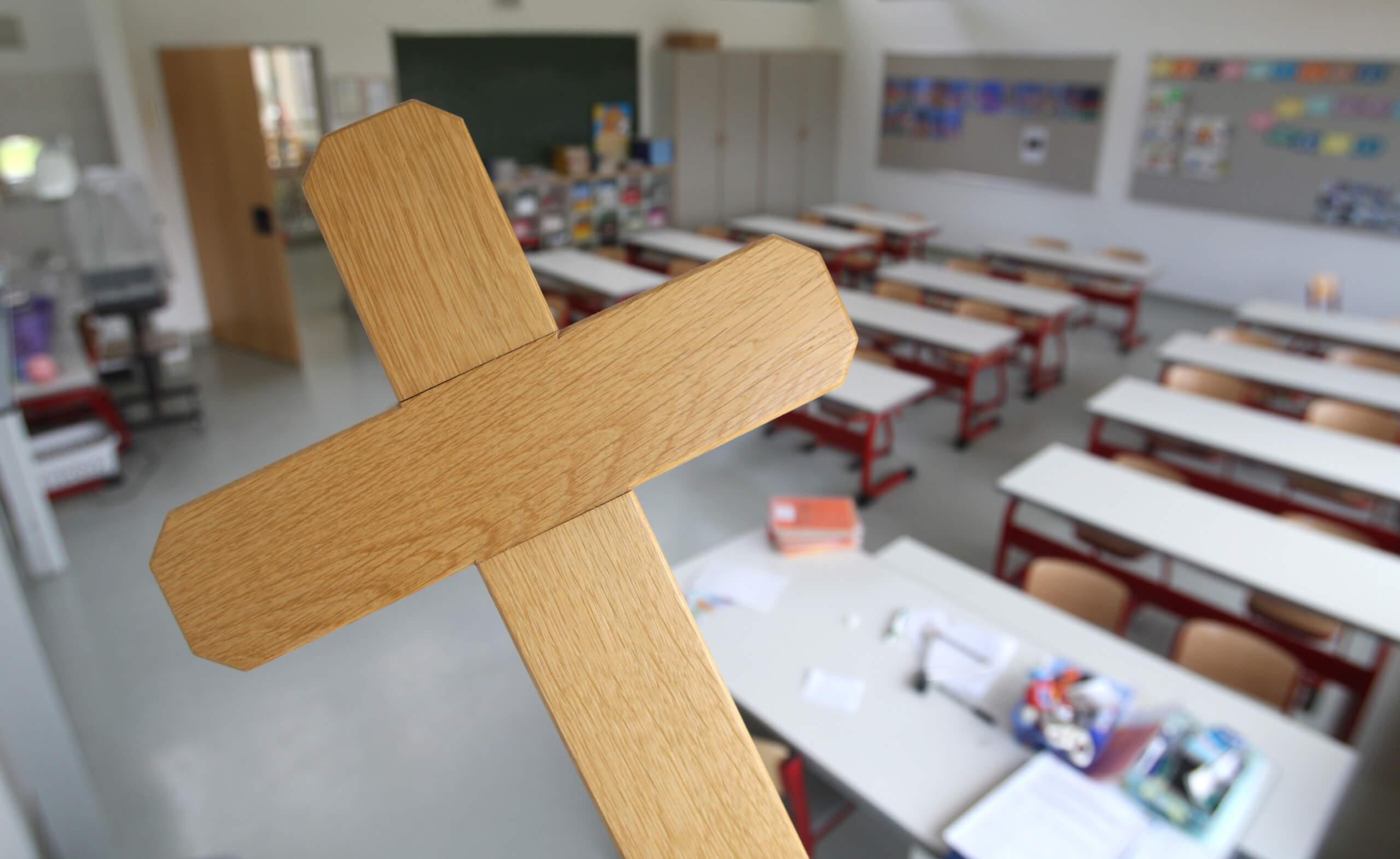 """Stuttgarter Schulen fordern kein """"Grüß Gott""""-Verbot: Rassistischer Kettenbrief kursiert seit 2011"""