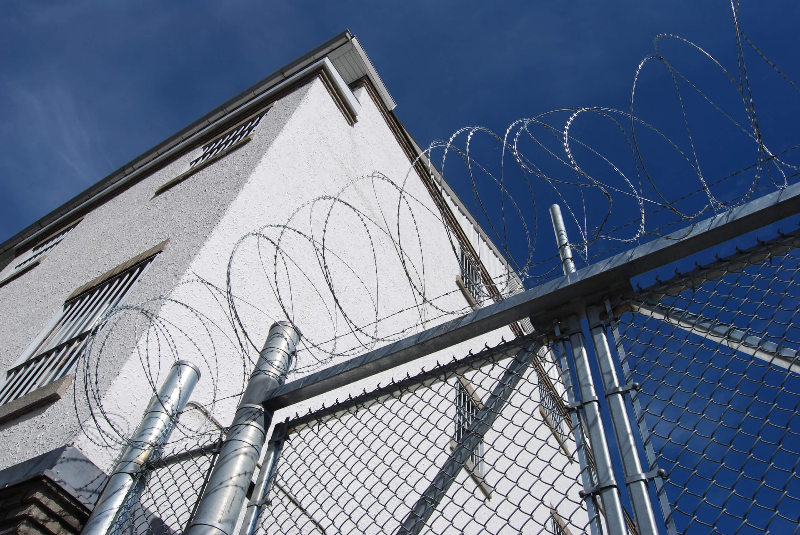 Wer profitiert von Gefängnisarbeit?