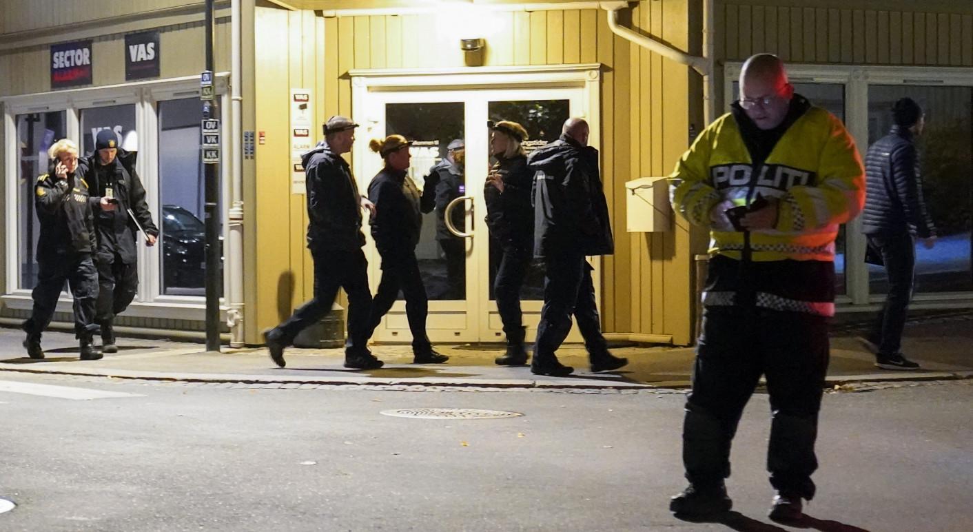 Bei einem Anschlag sind im norwegischen Kongsberg fünf Menschen ums Leben gekommen (Quelle: Picture Alliance / Associated Press / Torstein Bøe)