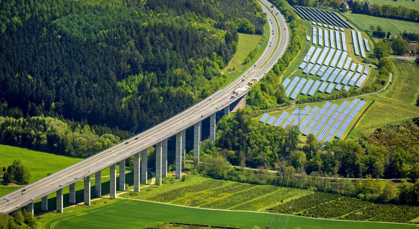 Solarpark Stockhausen an der A46, 13.05.2015, Luftbild, , solarpark Stockhausen at motorway A46, 13.05.2015, aerial view
