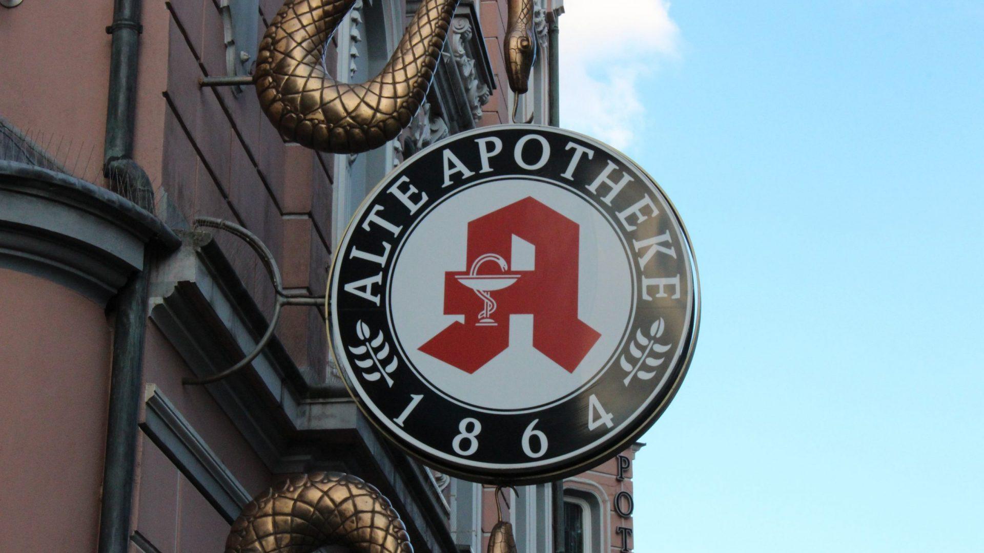 Von der Alten Apotheke in Bottrop aus vertrieb Peter S. seine gepanschten Medikamente.© Correctiv.Ruhr