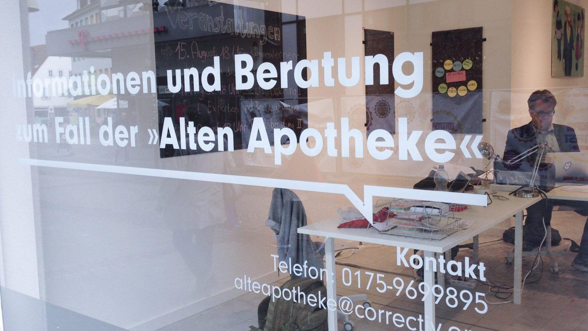 Dem Leser wieder nah sein: Redakteur Marcus Bensmann arbeitet in der Mobilen Lokalredaktion in Bottrop.© Correctiv.Ruhr